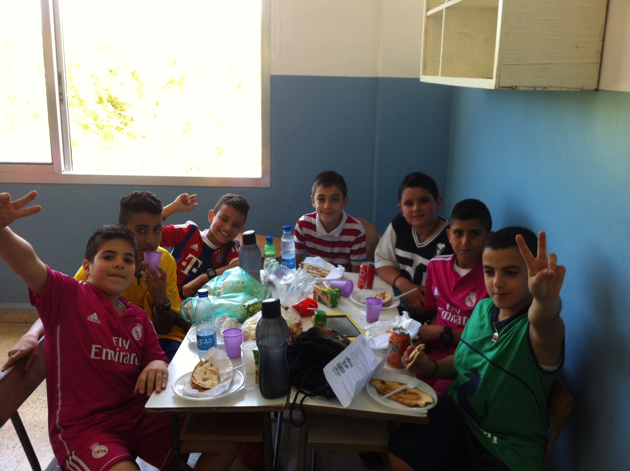 Michou and his friends at school in classroom doing a party at finale school day #Grade 5
